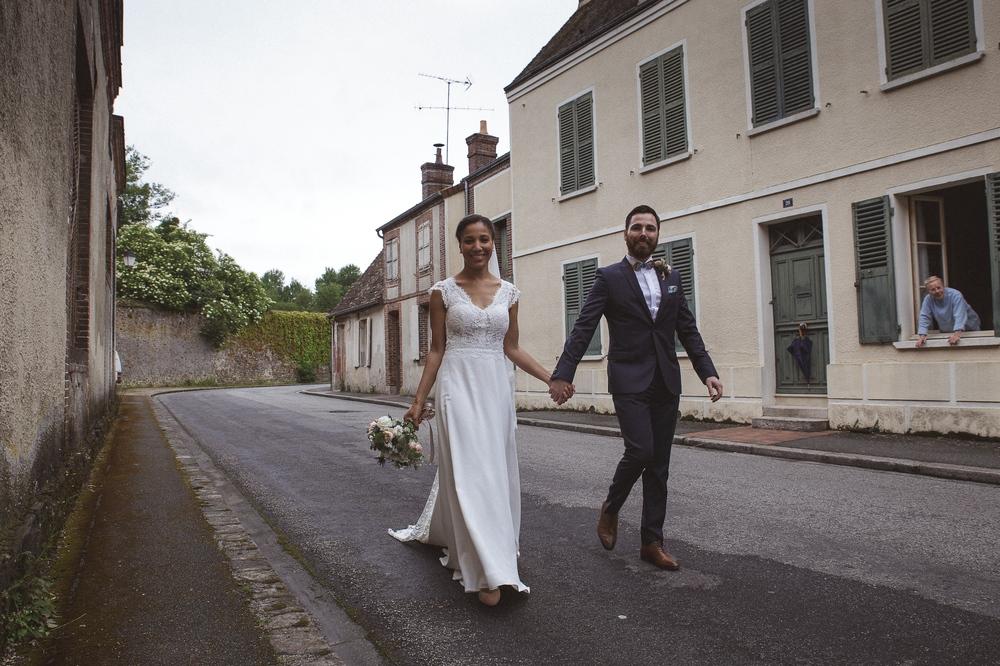 mariage champetre au Domaine des Evis La Femme Gribouillage (64).jpg