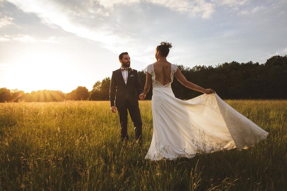 mariage champetre au Domaine des Evis La Femme Gribouillage (82).jpg