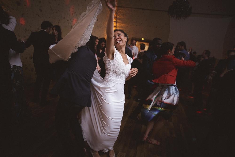 mariage champetre au Domaine des Evis La Femme Gribouillage (92).jpg
