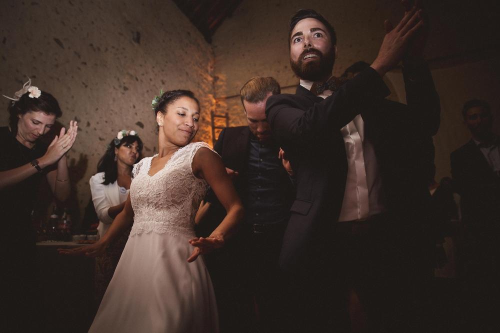 mariage champetre au Domaine des Evis La Femme Gribouillage (93).jpg