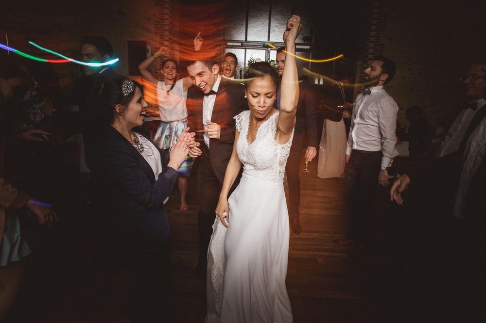 mariage champetre au Domaine des Evis La Femme Gribouillage (96).jpg