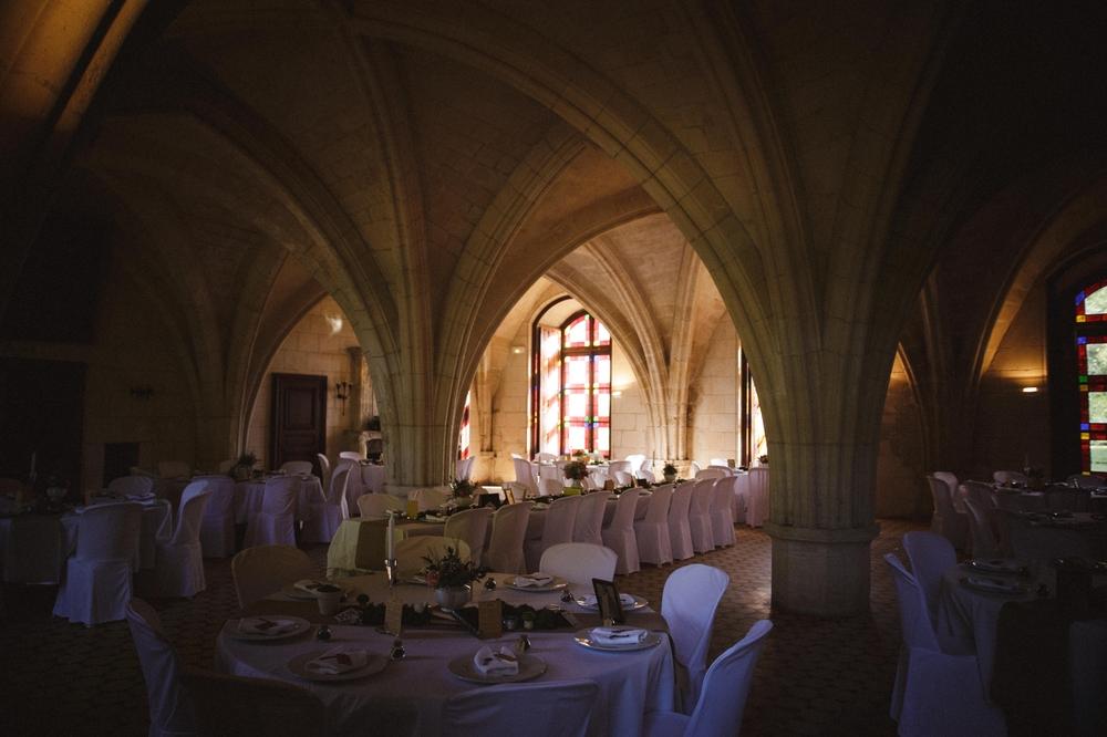 01-La Femme Gribouillage-Abbaye de Longpont photographe de mariage (14).jpg