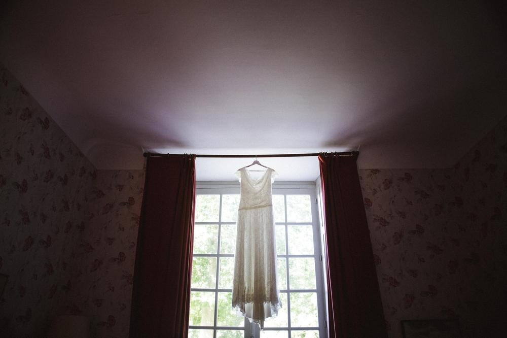 01-La Femme Gribouillage-Abbaye de Longpont photographe de mariage (15).jpg