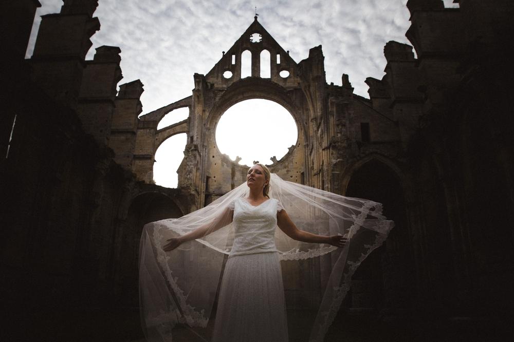 06-mariage-en-photo-longpont-abbaye (5).jpg