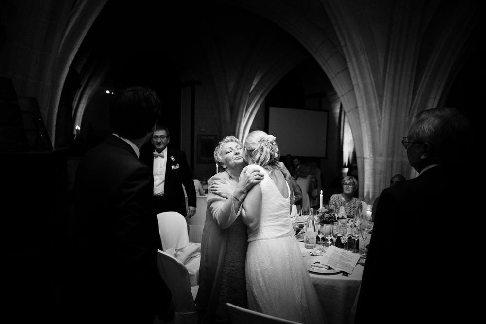 07-La Femme Gribouillage-abbaye-de-longpont-salle-mariage (5).jpg