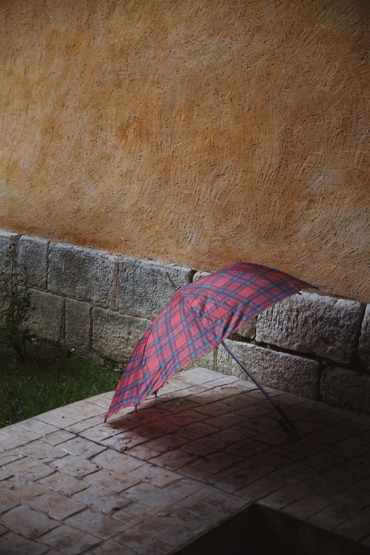 01-la-femme-gribouillage-commanderie-dormelles-ceremonie-laique (3).jpg