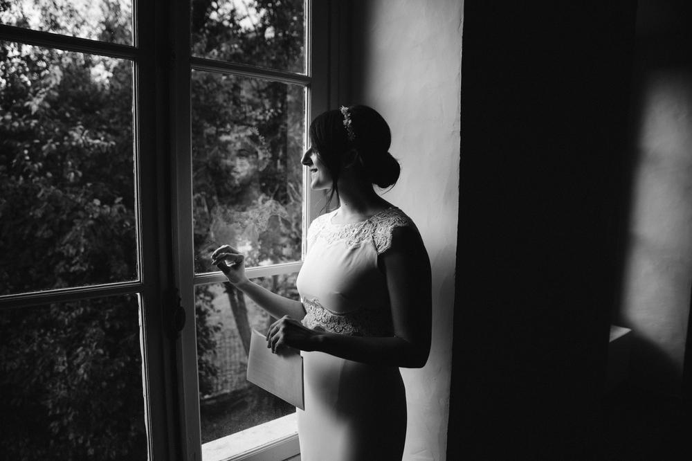 01-la-femme-gribouillage-commanderie-dormelles-ceremonie-laique (11).jpg