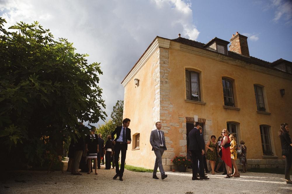 01-la-femme-gribouillage-commanderie-dormelles-ceremonie-laique (32).jpg