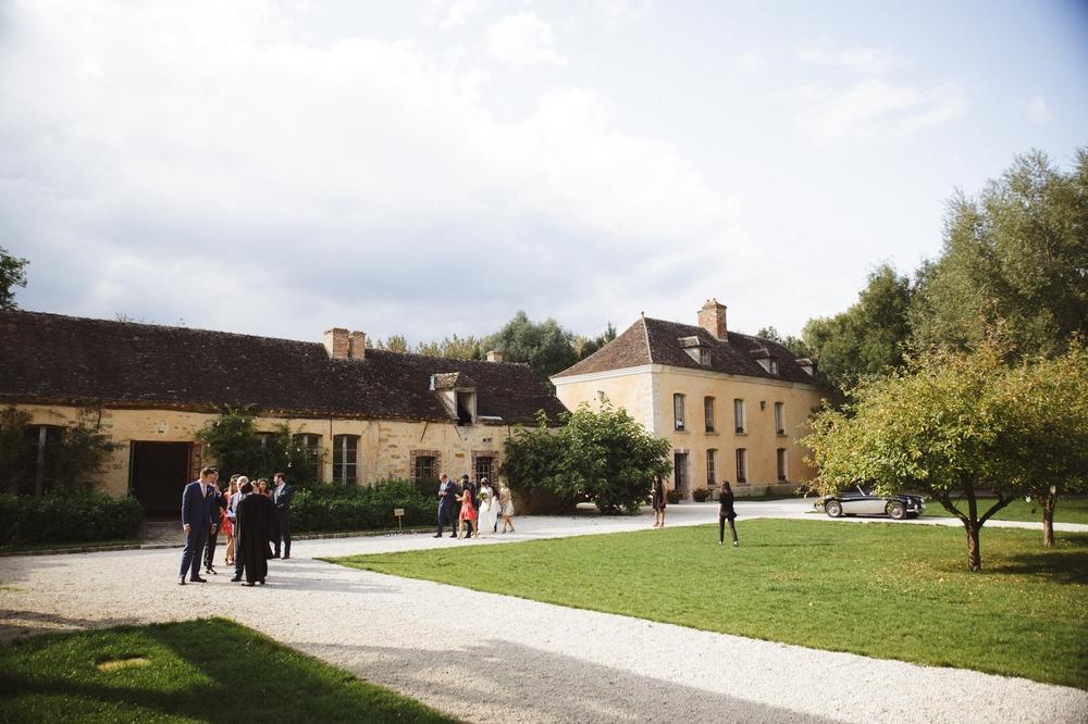 01-la-femme-gribouillage-commanderie-dormelles-ceremonie-laique (33).jpg