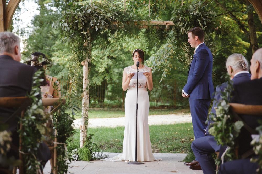 02-la-femme-gribouillage-commanderie-dormelles-mariage-champetre (4).jpg