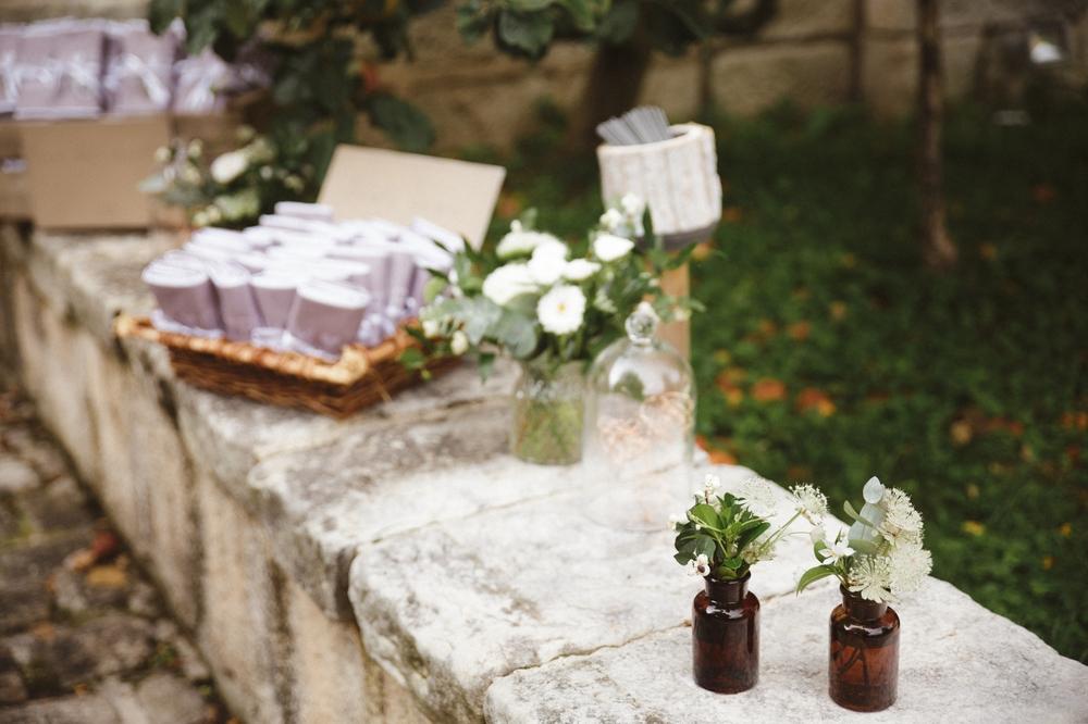 02-la-femme-gribouillage-commanderie-dormelles-mariage-champetre (34).jpg