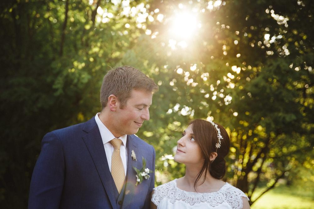 03-la-femme-gribouillage-commanderie-dormelles-photographe-mariage-bordeaux (18).jpg