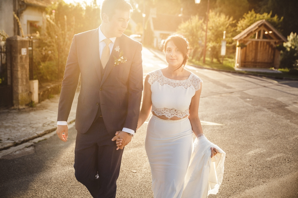 03-la-femme-gribouillage-commanderie-dormelles-photographe-mariage-bordeaux (24).jpg