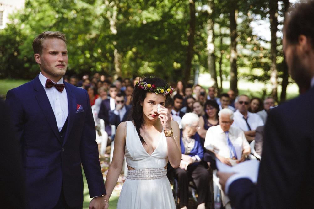03-la-femme-gribouillage-mariage-gite-luxe-angers (7).jpg