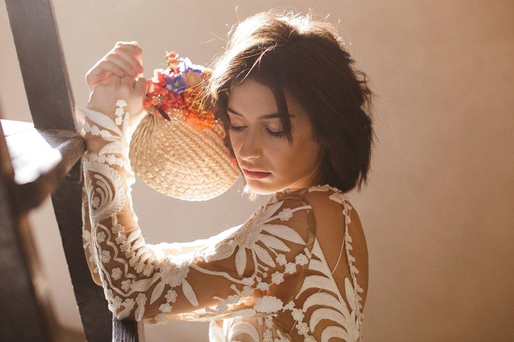 La-Femme-Gribouillage-rue-de-seine-wedding-dress (2).jpg