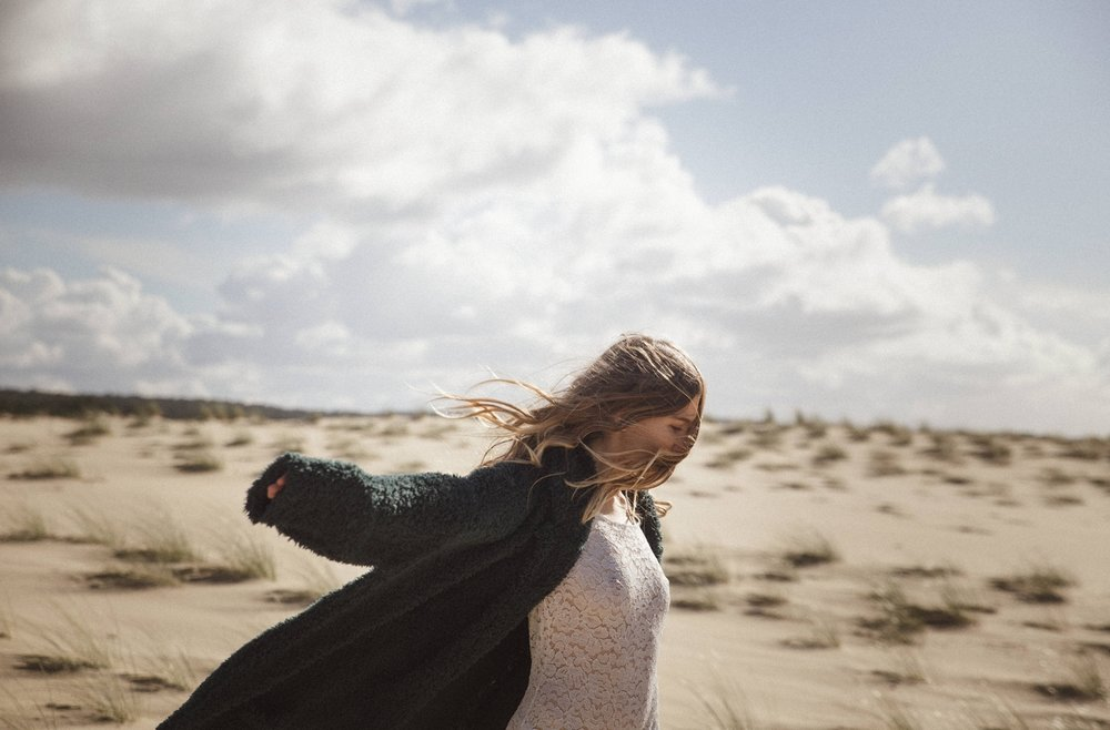 02-la-femme-gribouillage-mariage-dune-du-pyla (4).jpg
