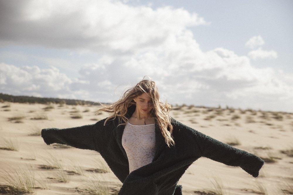 la-femme-gribouillage-mariage-dune-pyla (2).jpg
