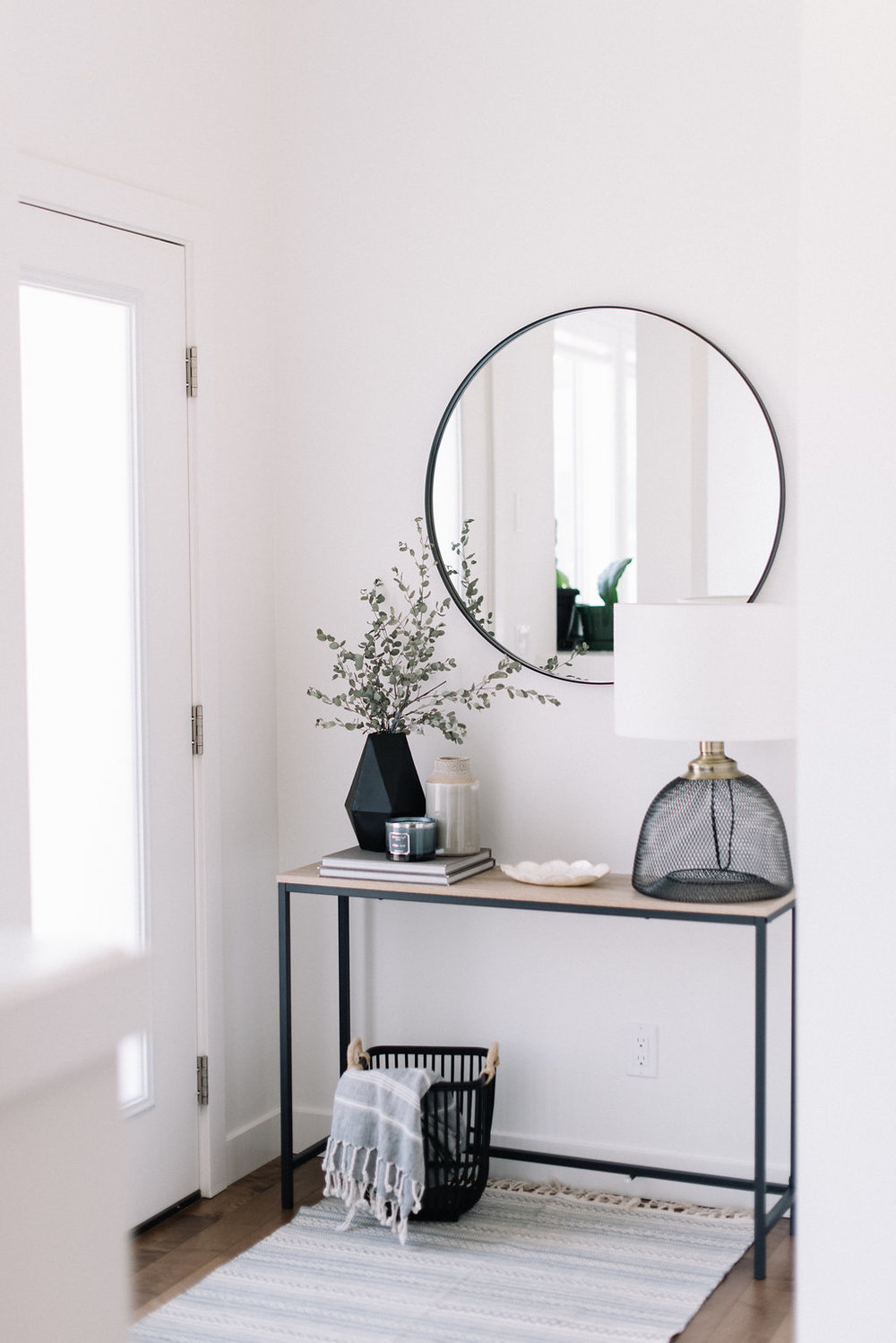 minimalist front entryway