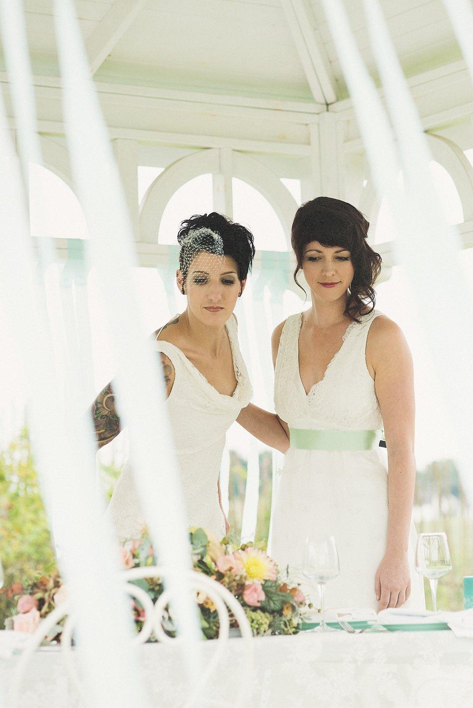 Two brides - styled shooting - die Träumerei -044.jpg