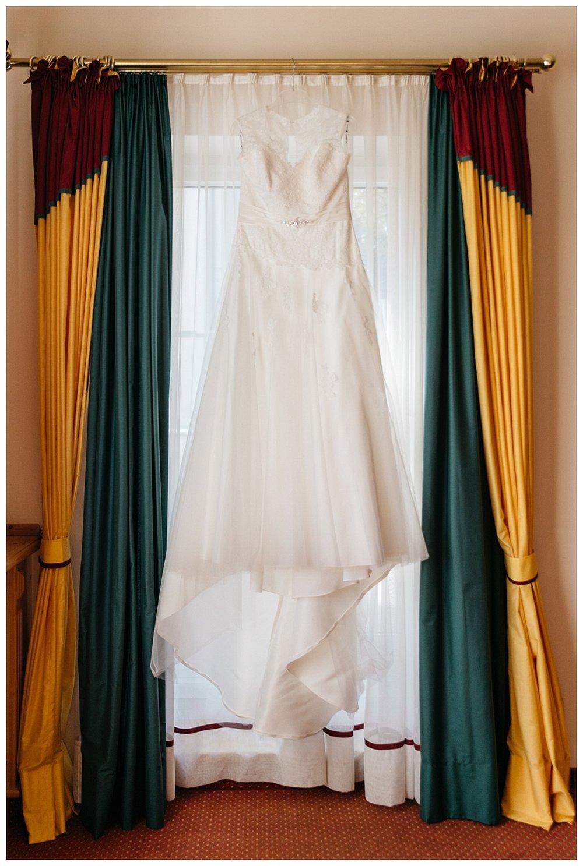 T & M - real wedding - Museum Mistelbach -001.jpg