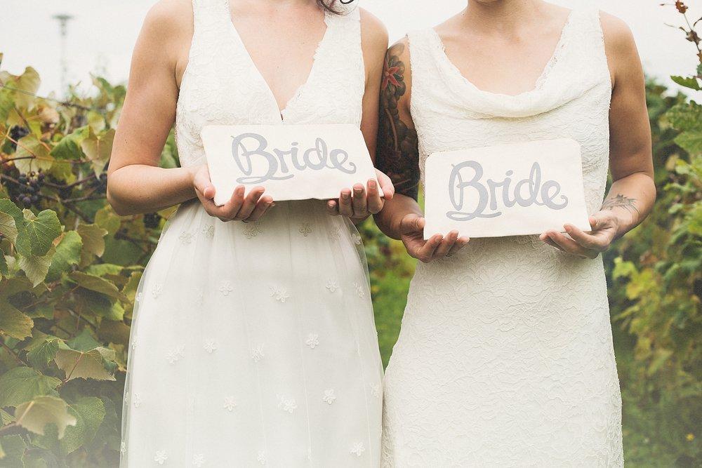 Two brides - styled shooting - die Träumerei -050.jpg