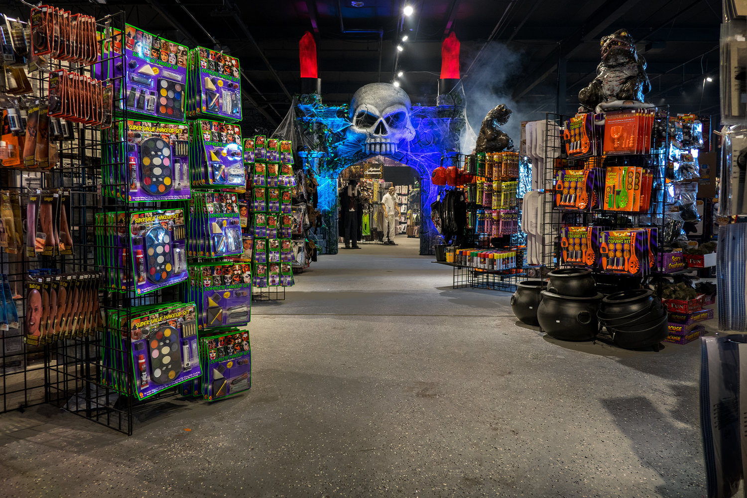 halloween decoration stores near me halloween superstores near me