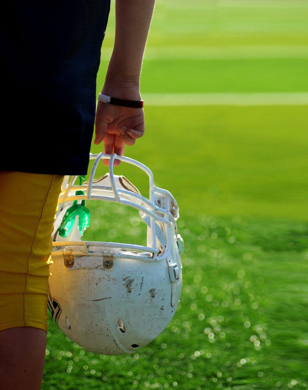 football helmet ben-hershey-560952-unsplash.jpg