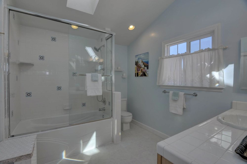 475 Las Coches Court Morgan-large-020-Master Bedroom Bathroom-1500x999-72dpi.jpg