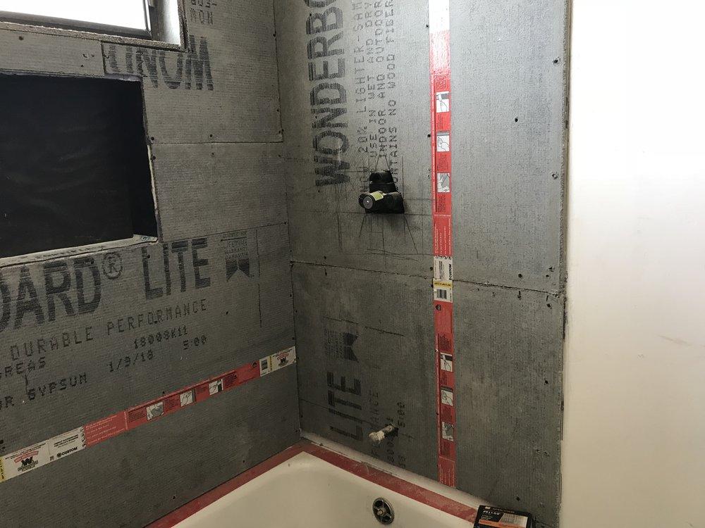 Tub/Shower Wonderboard