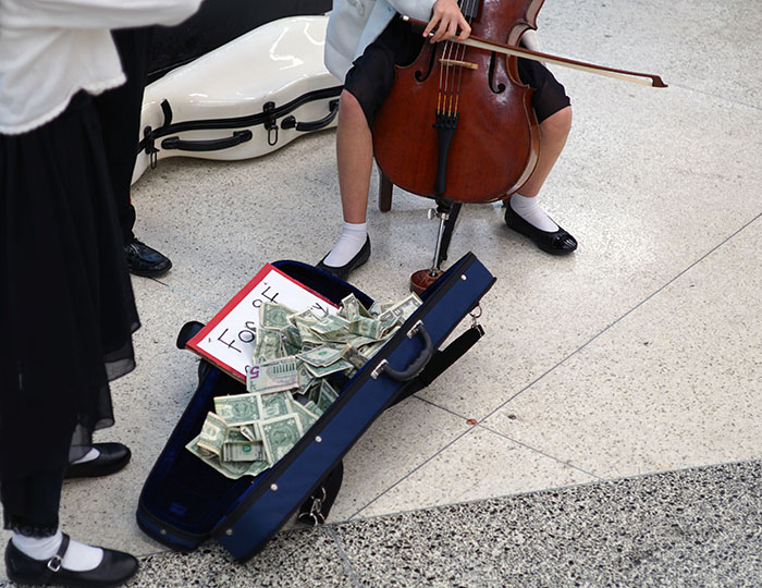 Unfortunately, the Breshears' father did not want to discuss money with us, so one can only guess how much the kids make when busking. (Photo:  JS )
