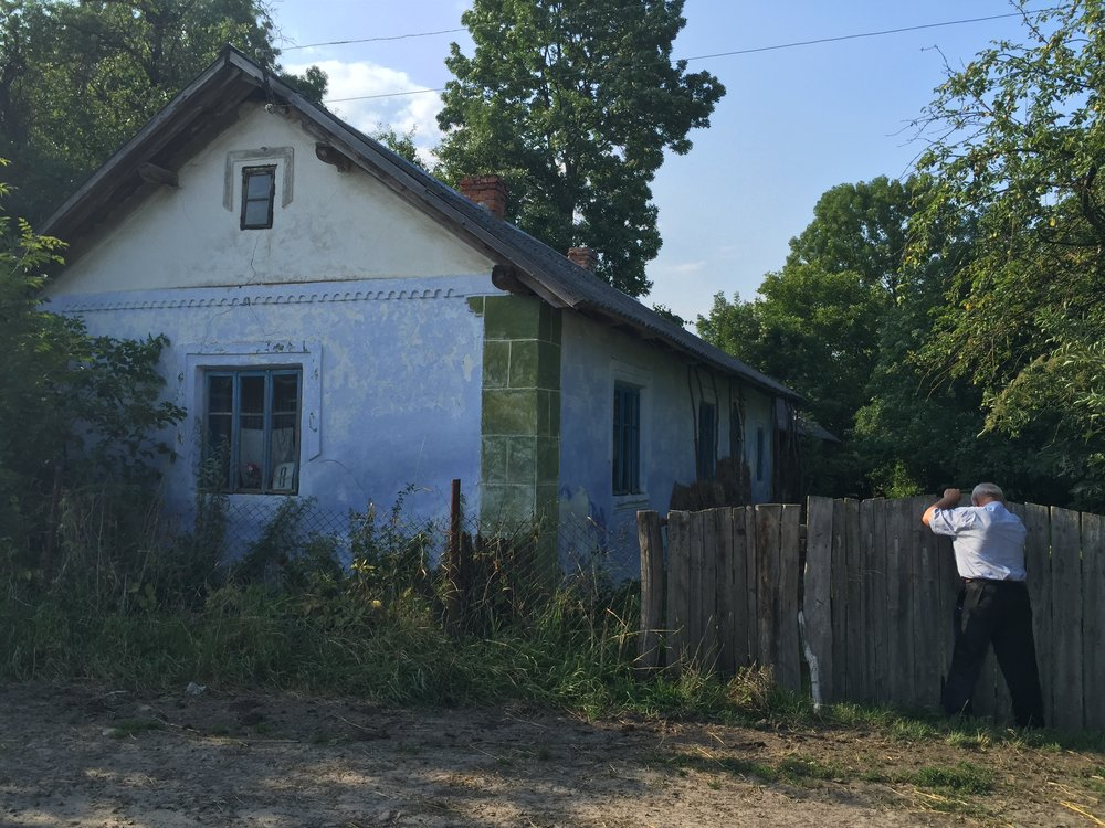 Was Wilhelm Reich born here? Mayor Senowyj Wynnyzkyj in front of house No. 8, German colony street, Dobrianychi, Ukraine.