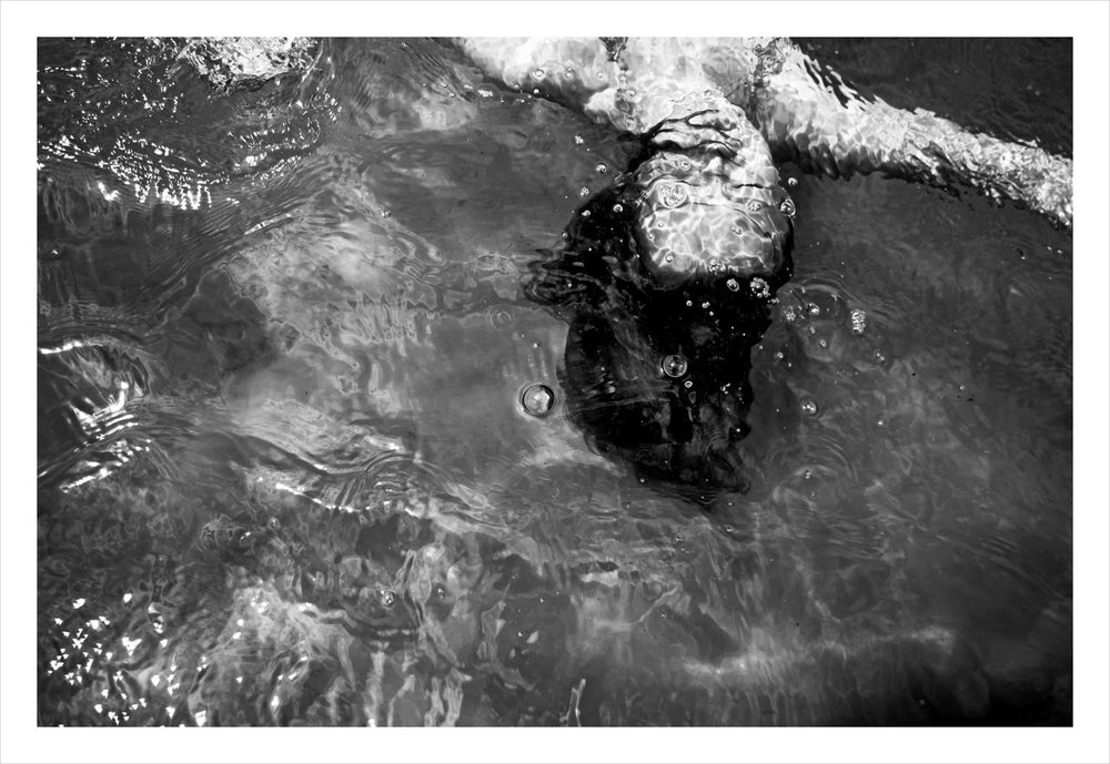 girl under water b and w #1