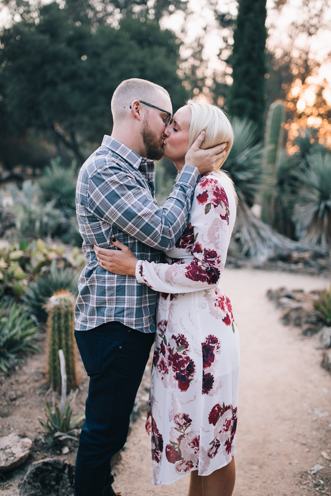 2018_11_ 11Erin + Jeff Arizona Garden Engagement Session Edited For Web 0020.jpg