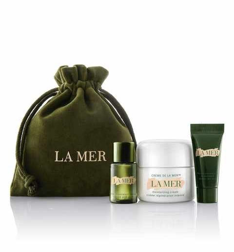 $85 ($130 value) Personally, I haven't tired any of the La Mer products yet (honestly, because of the price) but I just might have to grab this one this holiday season!