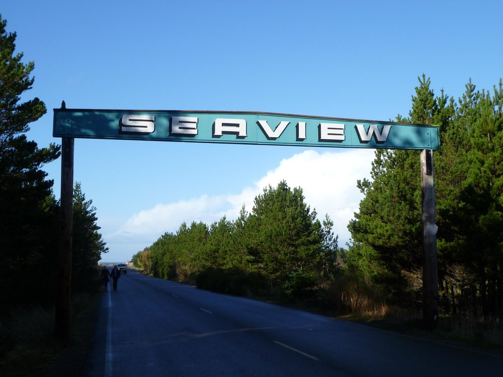 Hewitt House Seaview Sign .jpg