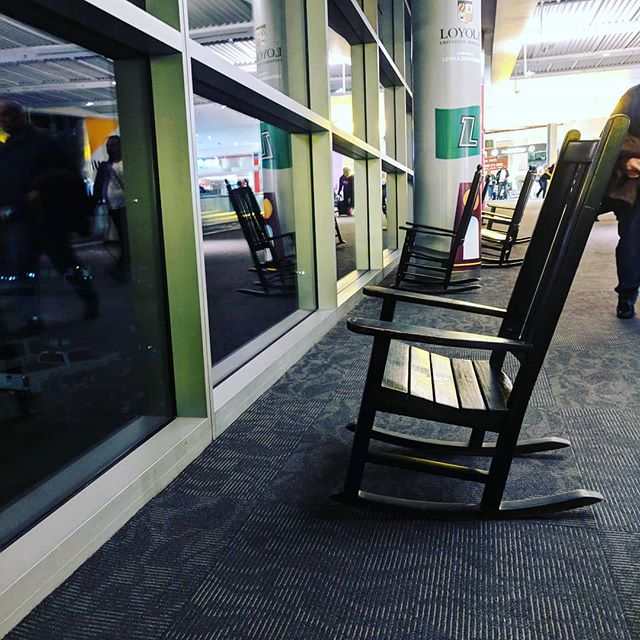 BWI 🛸 ➡️ PHX. Part of the Baltu team heading back to the desert. Meanwhile, rocking chairs at BWI have the right idea. There's always time to sit back and watch the air planes.  #bwi #phx #smelltheroses