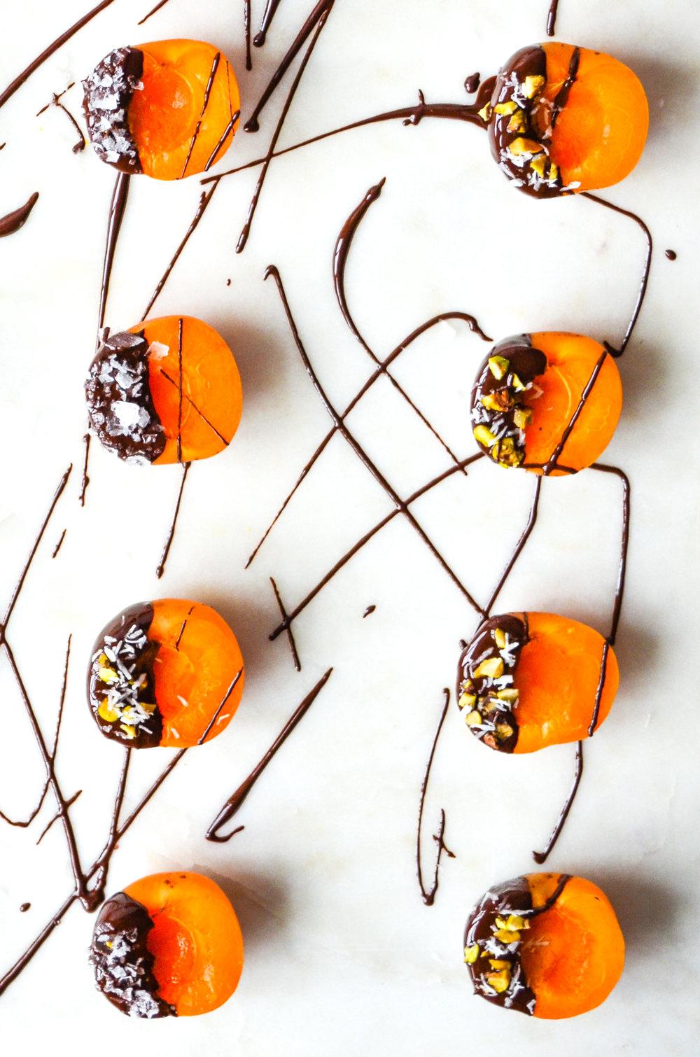 paleo chocolate covered apricots :: #OITNB ShiraRD #paleo #refinedsugarfree #SnacksbyShira #orangeisthenewblack