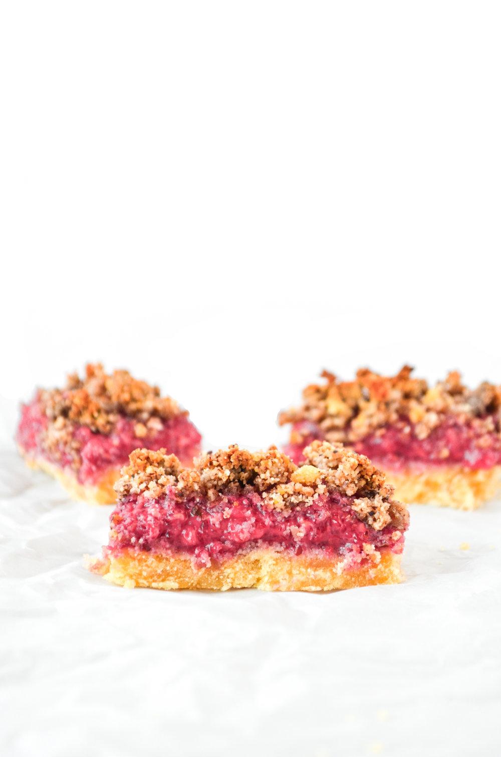 paleo raspberry layered bars // #ShiraRD #paleo #refinedsugarfree #SnacksbyShira