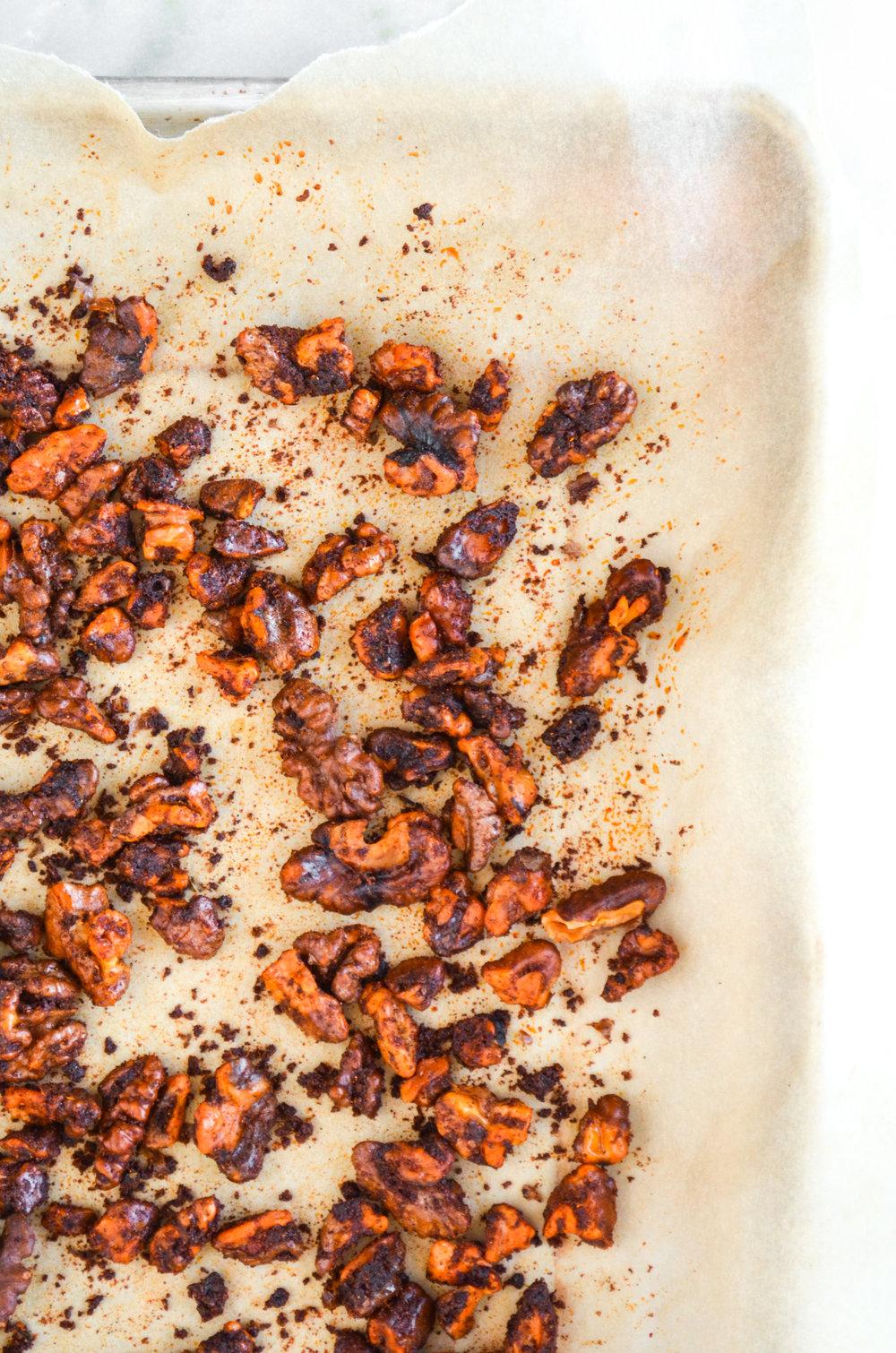 paleo paprika roasted walnuts // #ShiraRD #paleo #refinedsugarfree #SnacksbyShira