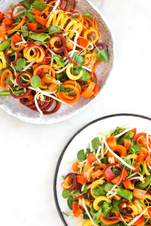 curly carrot salad with mustard vinaigrette // #ShiraRD #paleo #refinedsugarfree #SnacksbyShira