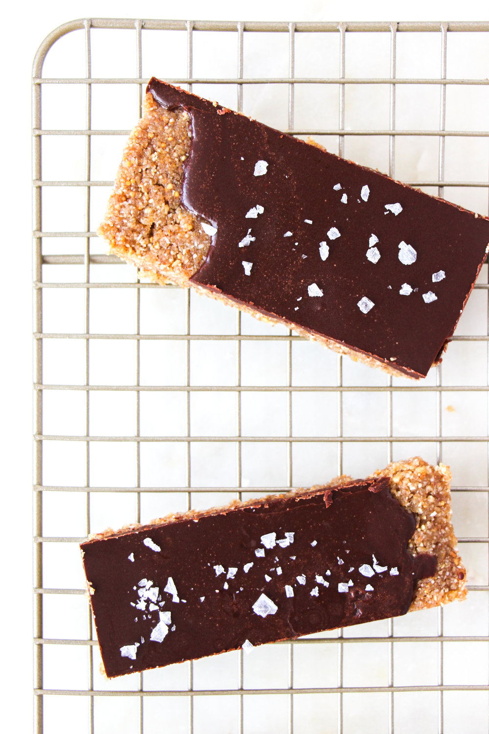 paleo-chocolate-fig-bars-ShiraRD-paleo-refinedsugarfree-SnacksbyShira.jpg