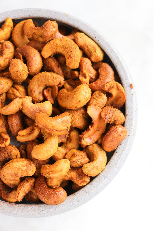 paleo-curry-roasted-cashews-ShiraRD-paleo-refinedsugarfree-SnacksbyShira.jpg