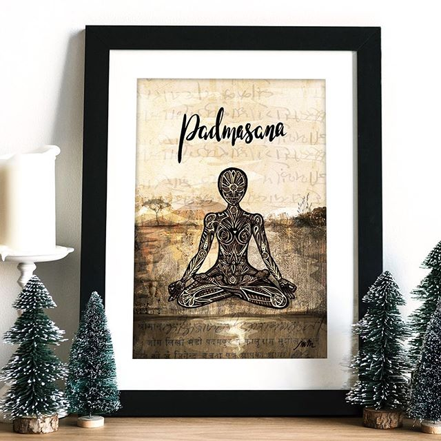 Wishing everybody a very happy holidays! I hope you all have the chance to slow down, relax, and enjoy time with the people you care about 🙏 🧘‍♀️ 🎄 . . . #happyholidays #merrychristmas #meditationart #yogaartprints #yogaartist #yogawallart #yogaart #yogaprint #yogaartwork #yogadrawing #yogagirl #yogaposeart #yogaillustration #yogainspiration
