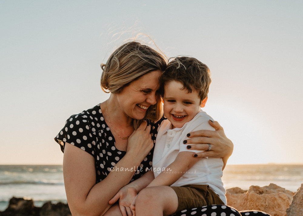 Perth lifestyle Photographer capturing authentic Mummy and Me moments by Chanelle Megan Photography
