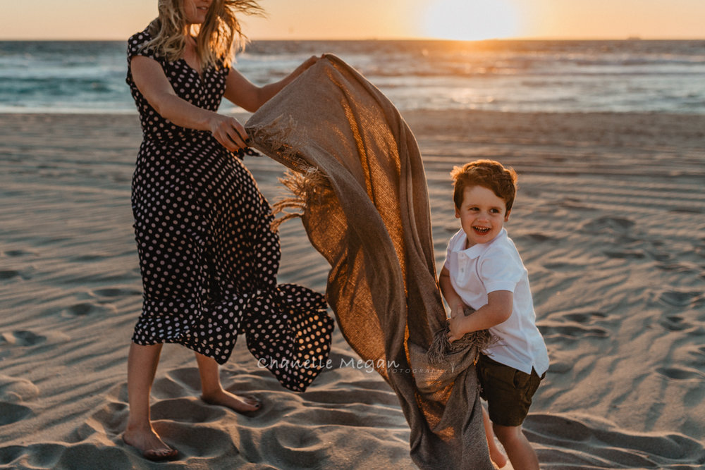 Mummy and Me beach photography session over sunset by Chanelle Megan Photography