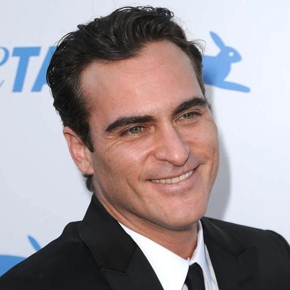 Joaquin Phoenix 4.jpg