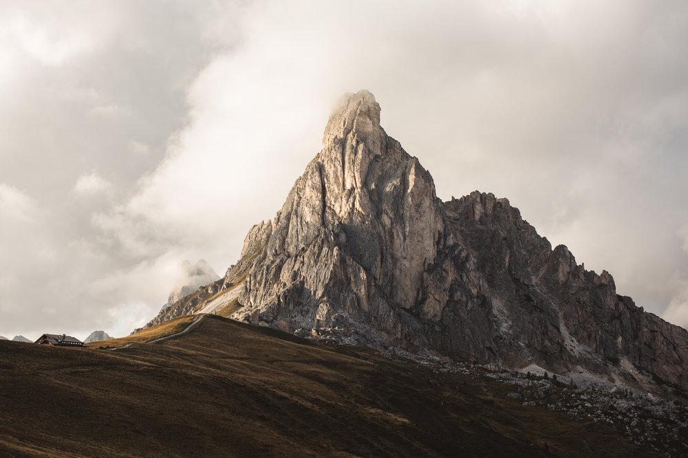 Dolomites (1 of 2).jpg