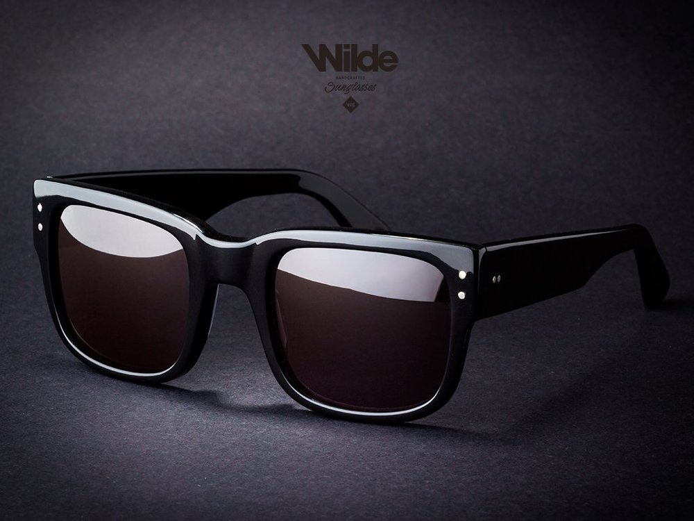 Wilde-Sunglasses-RED-EAGLE-BLACK-Limited-Occhiali-Collection-Collezione-2018-Barcelona_best_store-online-handmade-limited-editions_miglior-design-occhiali-LENTES-DE_SOL-BRAND_BITCOIN-ALLOW_IA_1024x1024.jpg