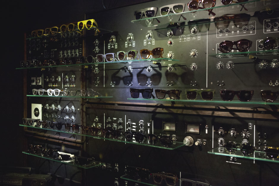 Wilde-Sunglasses-WSS-ANALOG-SYNTHESIZER_3_940.jpg