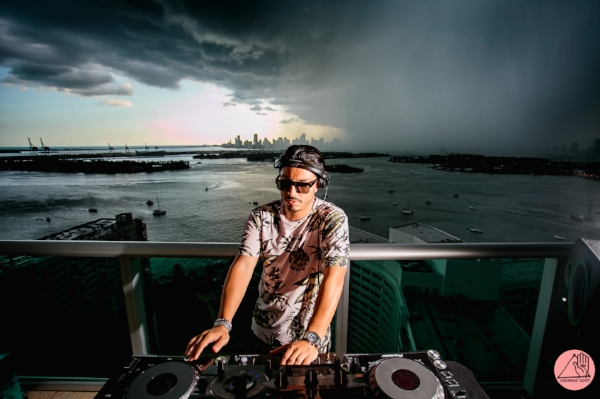 mark_dj_miami_wilde_sunglasses_collection_sunnies_IVI.jpg